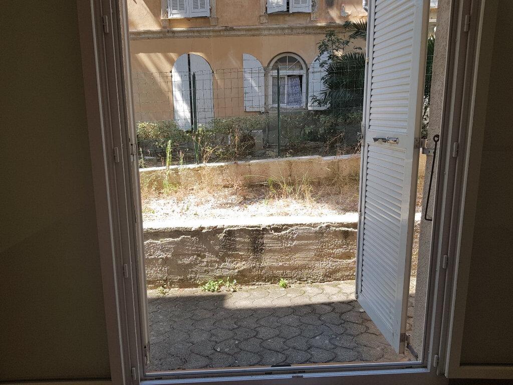 Appartement à louer 2 33m2 à Bastia vignette-9