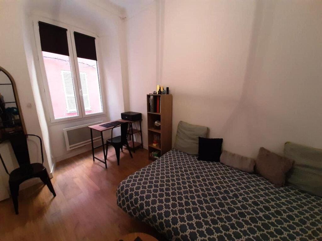Appartement à louer 1 21m2 à Bastia vignette-2