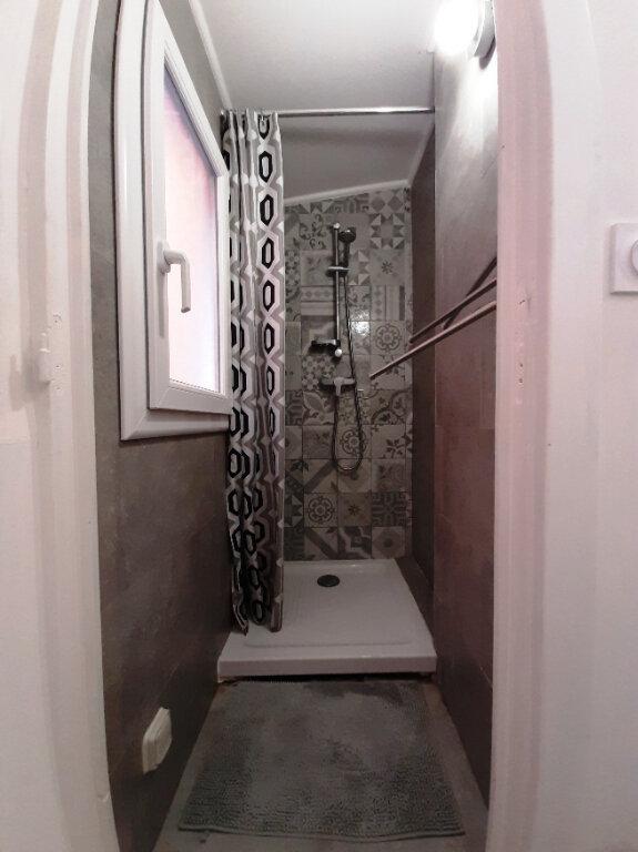 Appartement à louer 1 21m2 à Bastia vignette-7