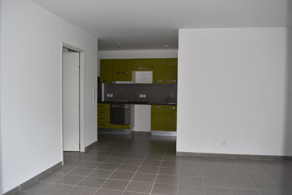 Appartement à louer 2 47.2m2 à Oletta vignette-2