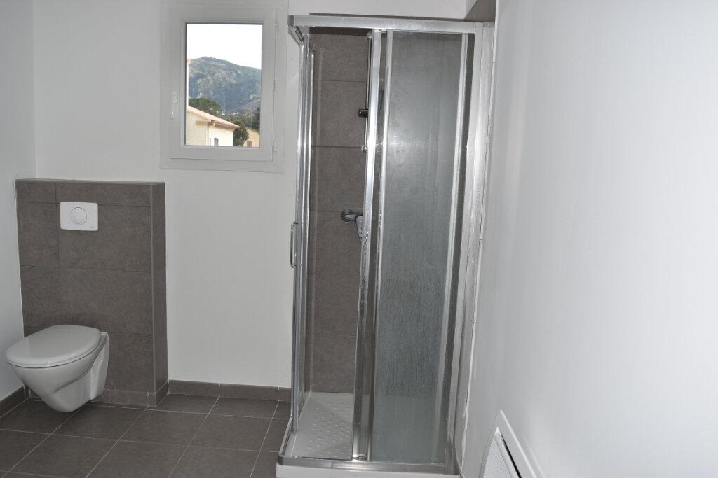 Appartement à louer 2 47.2m2 à Oletta vignette-4