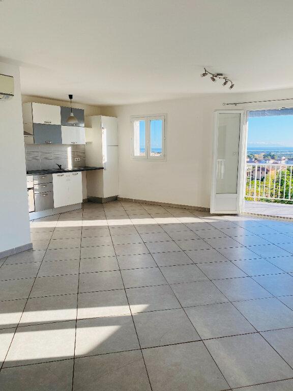 Appartement à louer 3 75m2 à Borgo vignette-1