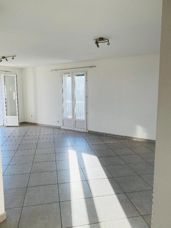 Appartement à louer 3 75m2 à Borgo vignette-3