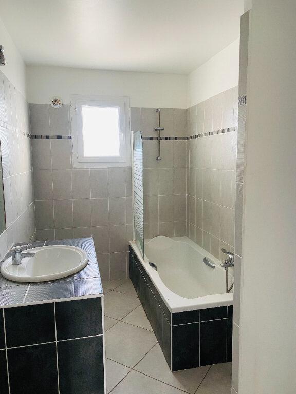 Appartement à louer 3 75m2 à Borgo vignette-7