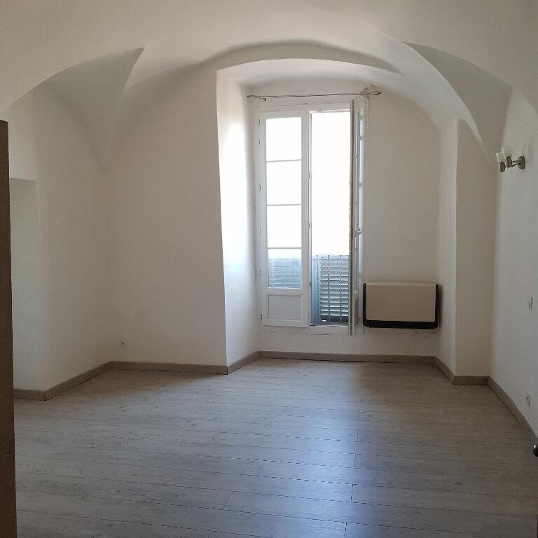 Appartement à louer 4 114m2 à Bastia vignette-4