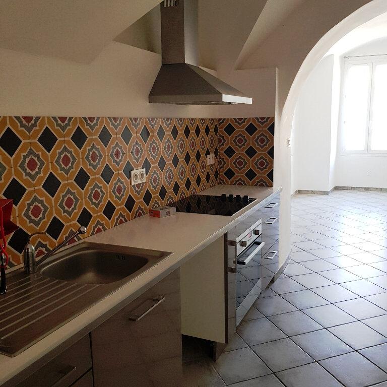 Appartement à louer 4 114m2 à Bastia vignette-5