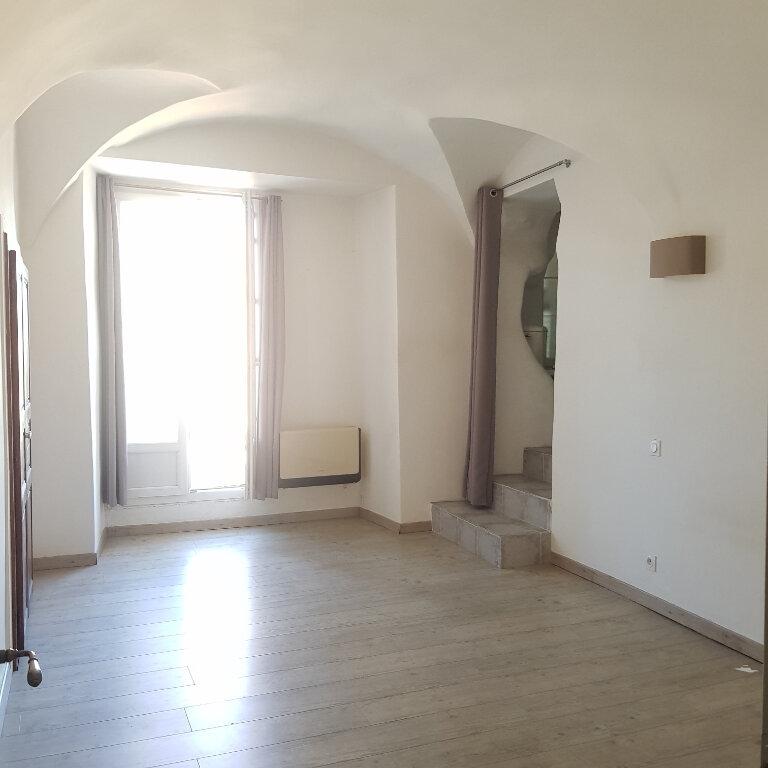 Appartement à louer 4 114m2 à Bastia vignette-6