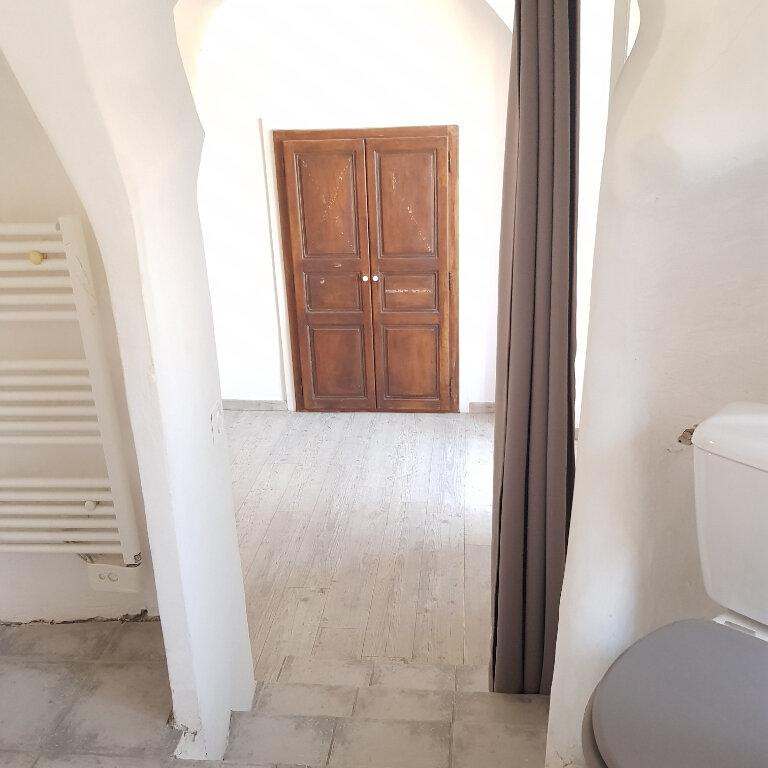 Appartement à louer 4 114m2 à Bastia vignette-8