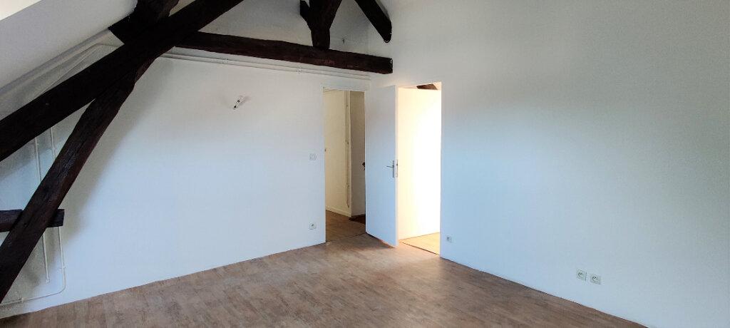 Appartement à louer 3 67.01m2 à Linas vignette-2