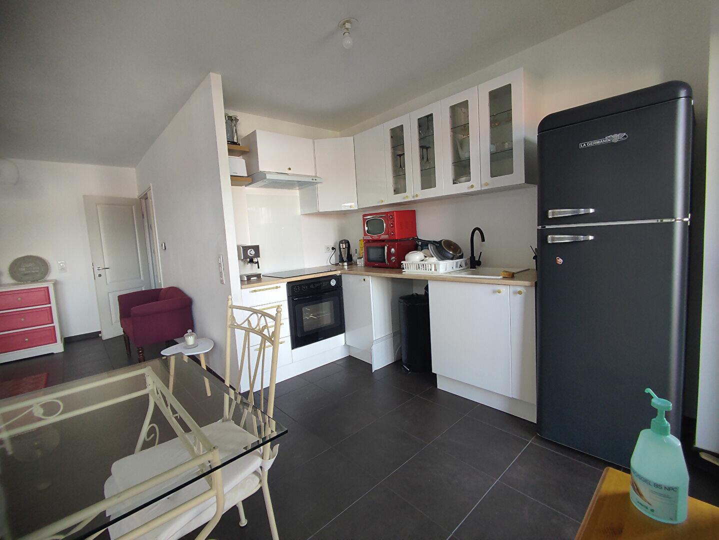 Appartement à louer 2 46.3m2 à Ballainvilliers vignette-2
