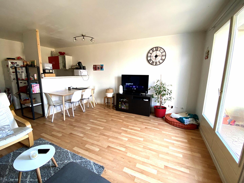Appartement à louer 2 48.74m2 à Montlhéry vignette-2