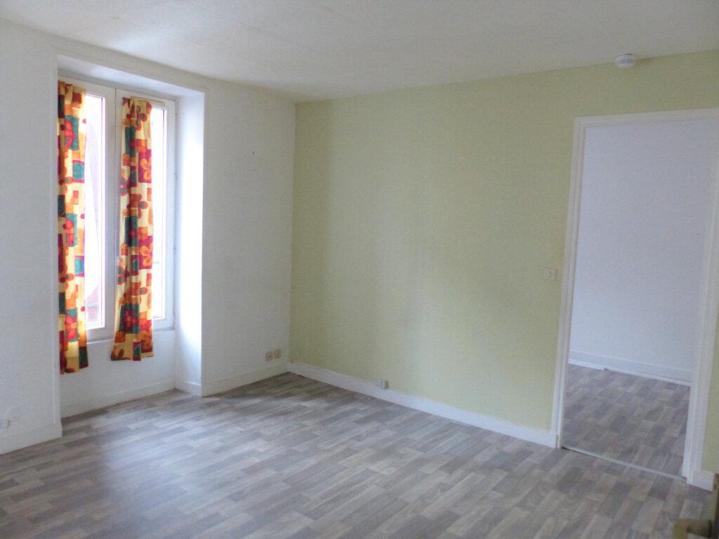 Appartement à louer 2 30.12m2 à Montlhéry vignette-1