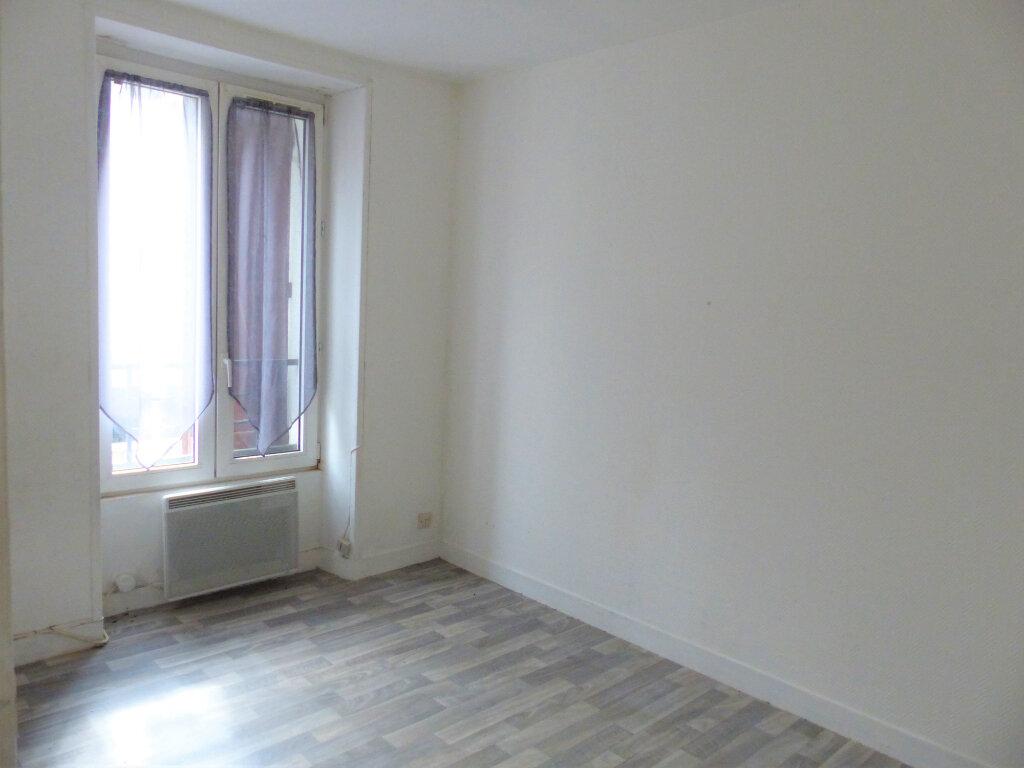 Appartement à louer 2 30.12m2 à Montlhéry vignette-3