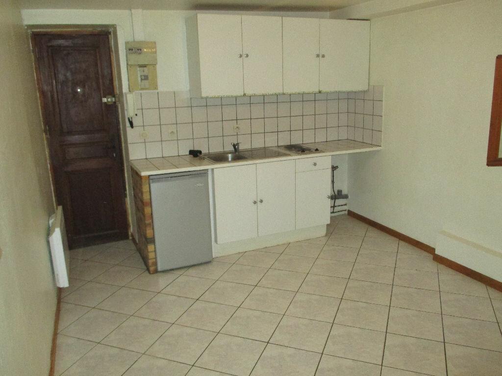 Appartement à louer 2 24.65m2 à Montlhéry vignette-1