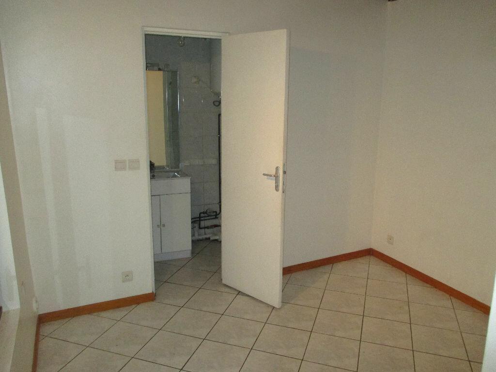 Appartement à louer 2 24.65m2 à Montlhéry vignette-2