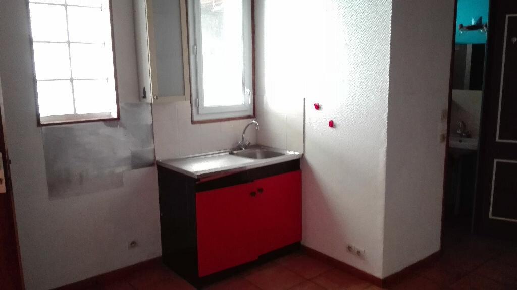 Appartement à louer 2 37.59m2 à Montlhéry vignette-2