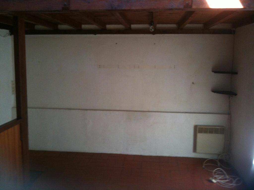 Appartement à louer 2 37.59m2 à Montlhéry vignette-3