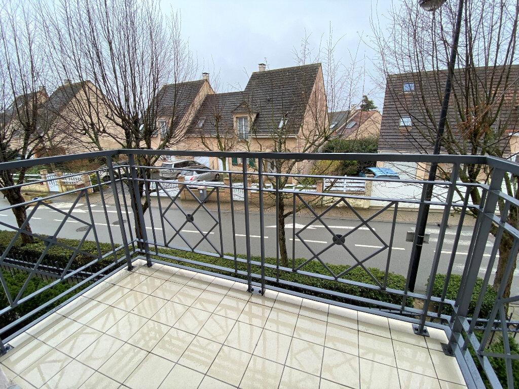 Appartement à louer 2 46m2 à Nozay vignette-3