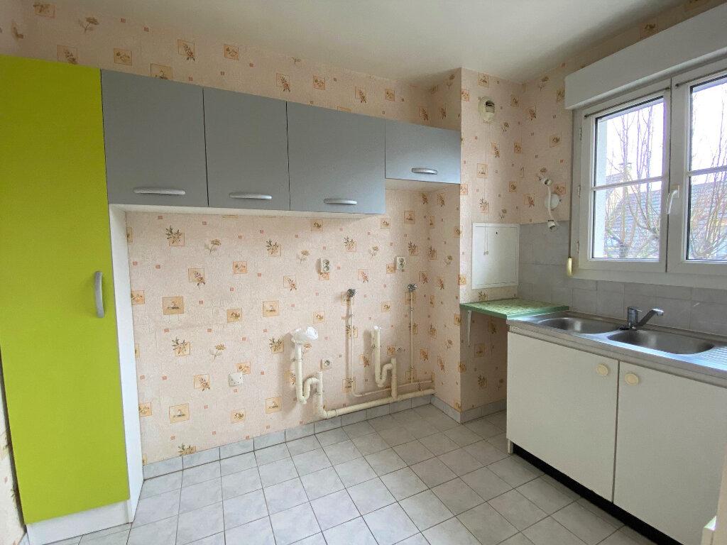 Appartement à louer 2 46m2 à Nozay vignette-4