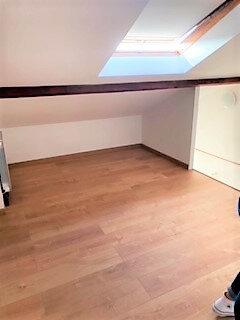 Appartement à louer 1 27m2 à Sainte-Geneviève-des-Bois vignette-3