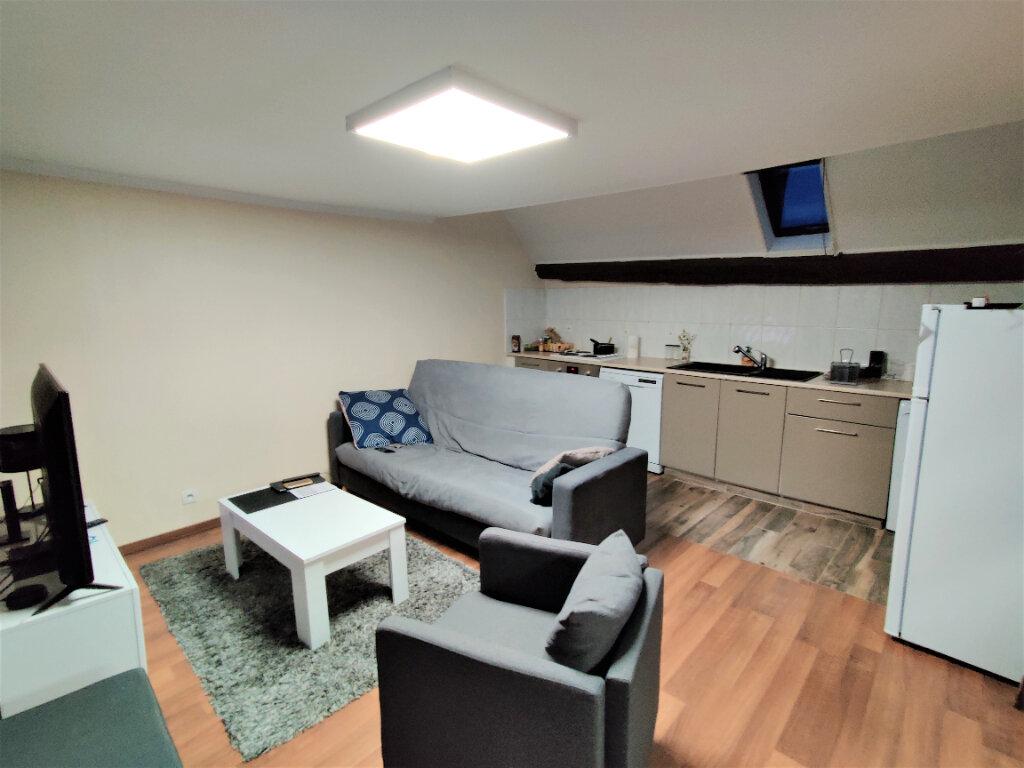Appartement à louer 2 50m2 à Montlhéry vignette-1