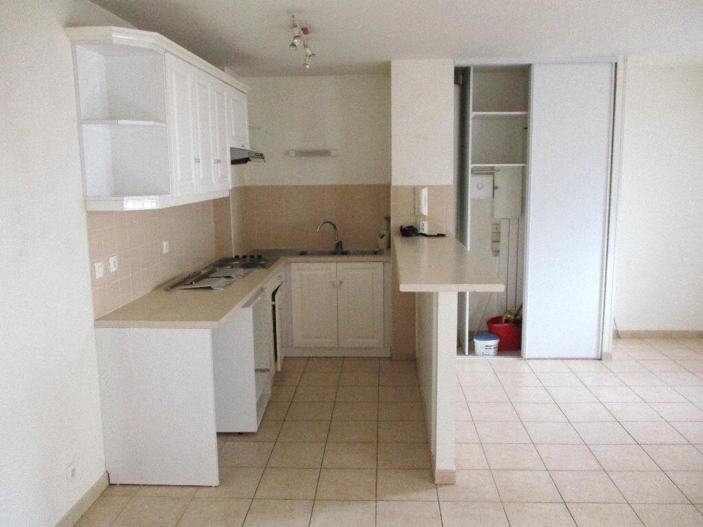 Appartement à louer 3 54.1m2 à Montlhéry vignette-3