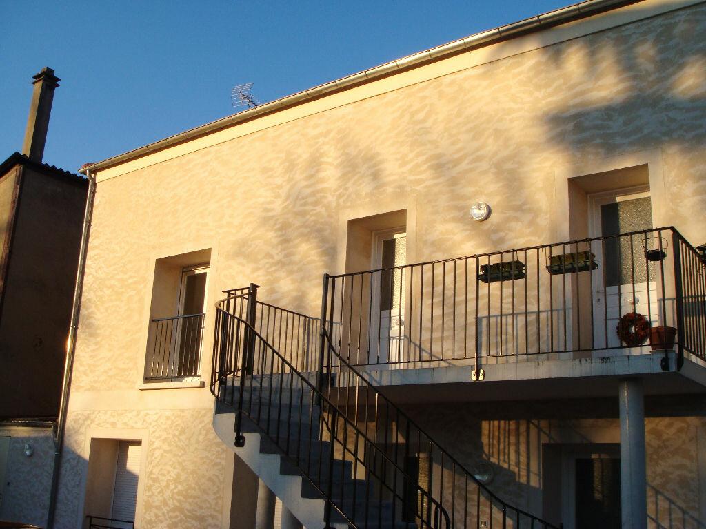 Appartement à louer 3 54.1m2 à Montlhéry vignette-7