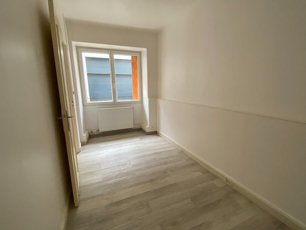 Appartement à louer 1 29m2 à Montlhéry vignette-4