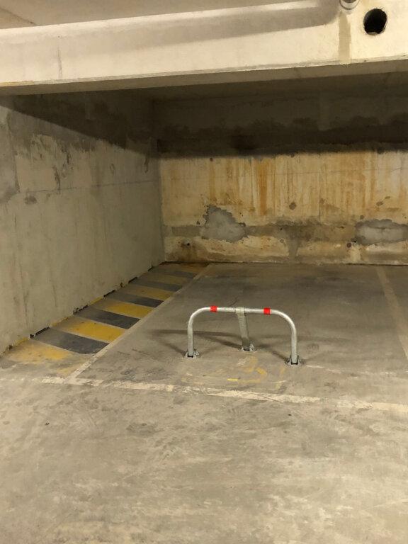 Stationnement à louer 0 16.75m2 à Montlhéry vignette-2