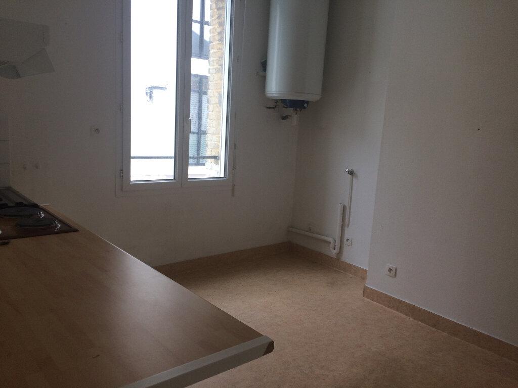 Appartement à louer 1 32m2 à Montivilliers vignette-2