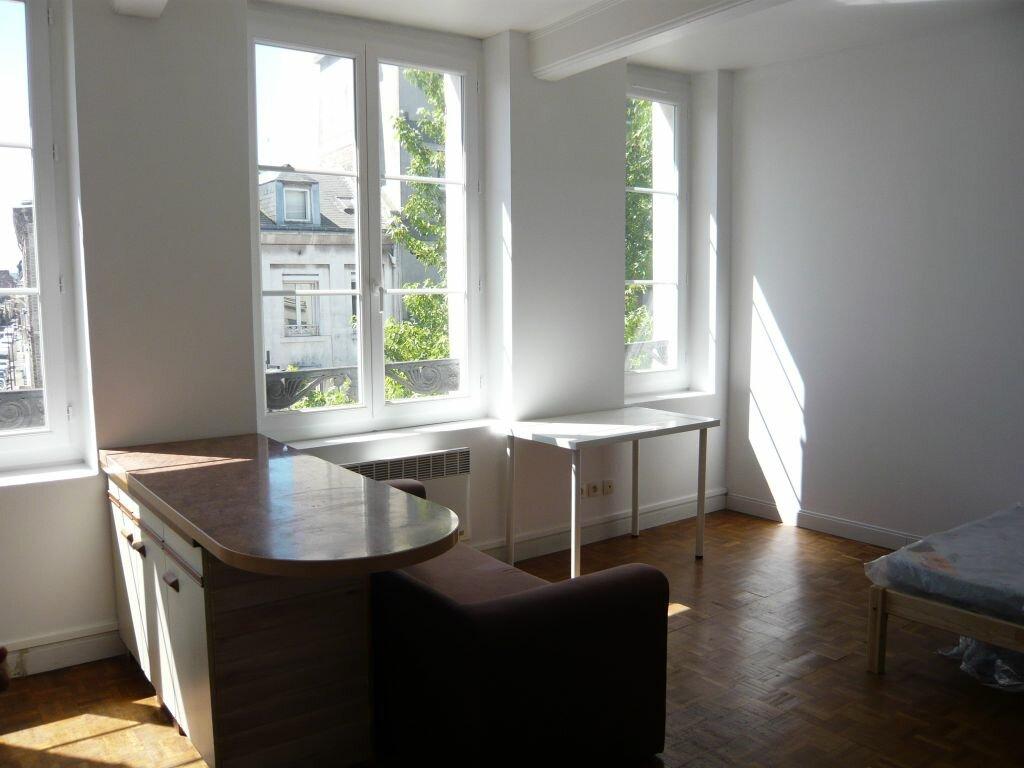 Appartement à louer 1 21.95m2 à Le Havre vignette-1