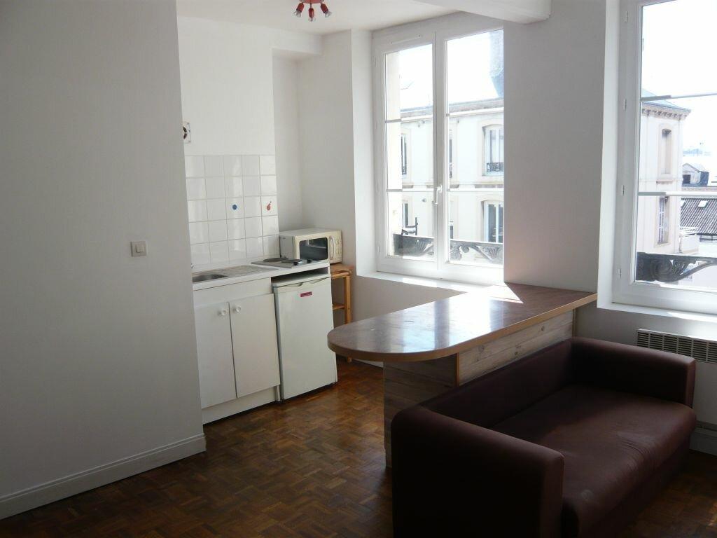 Appartement à louer 1 21.95m2 à Le Havre vignette-2