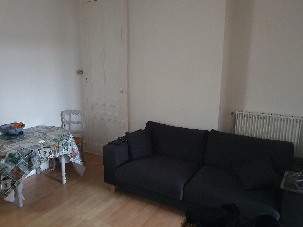 Appartement à louer 2 39m2 à Le Havre vignette-2