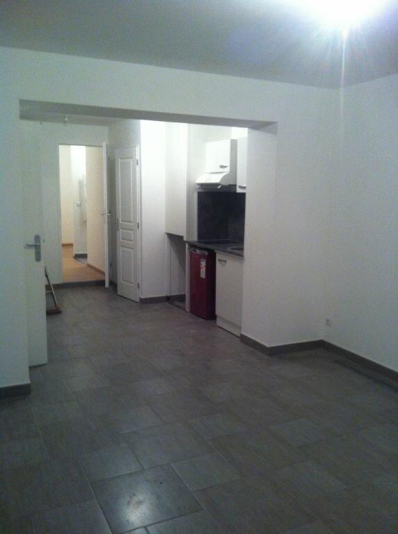 Appartement à louer 2 36m2 à Le Havre vignette-2