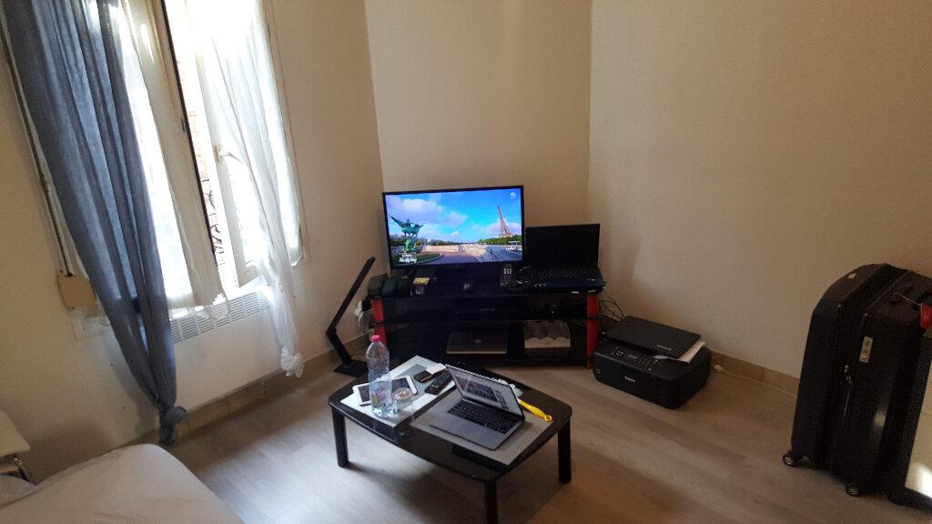 Appartement à louer 1 19m2 à Le Havre vignette-3