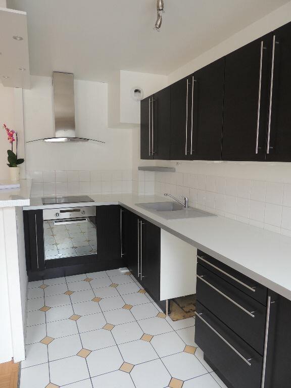 Appartement à louer 2 46.66m2 à Le Havre vignette-2
