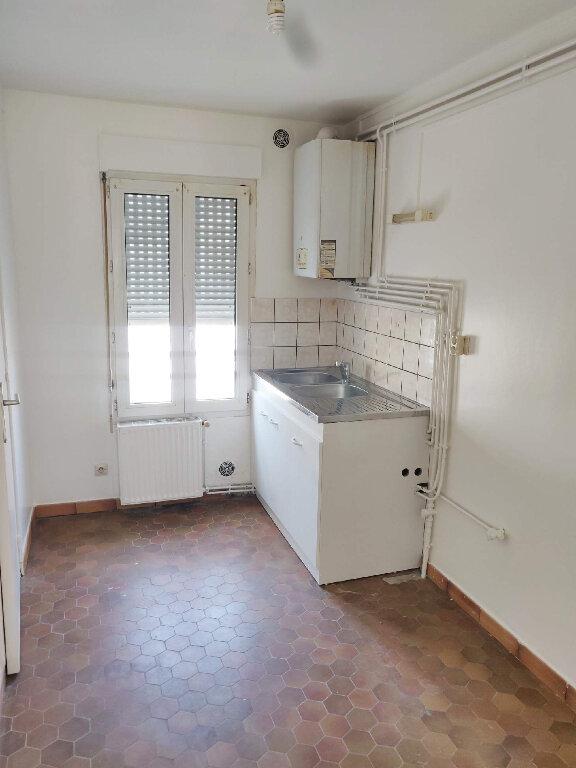 Appartement à louer 3 51.81m2 à Le Havre vignette-3