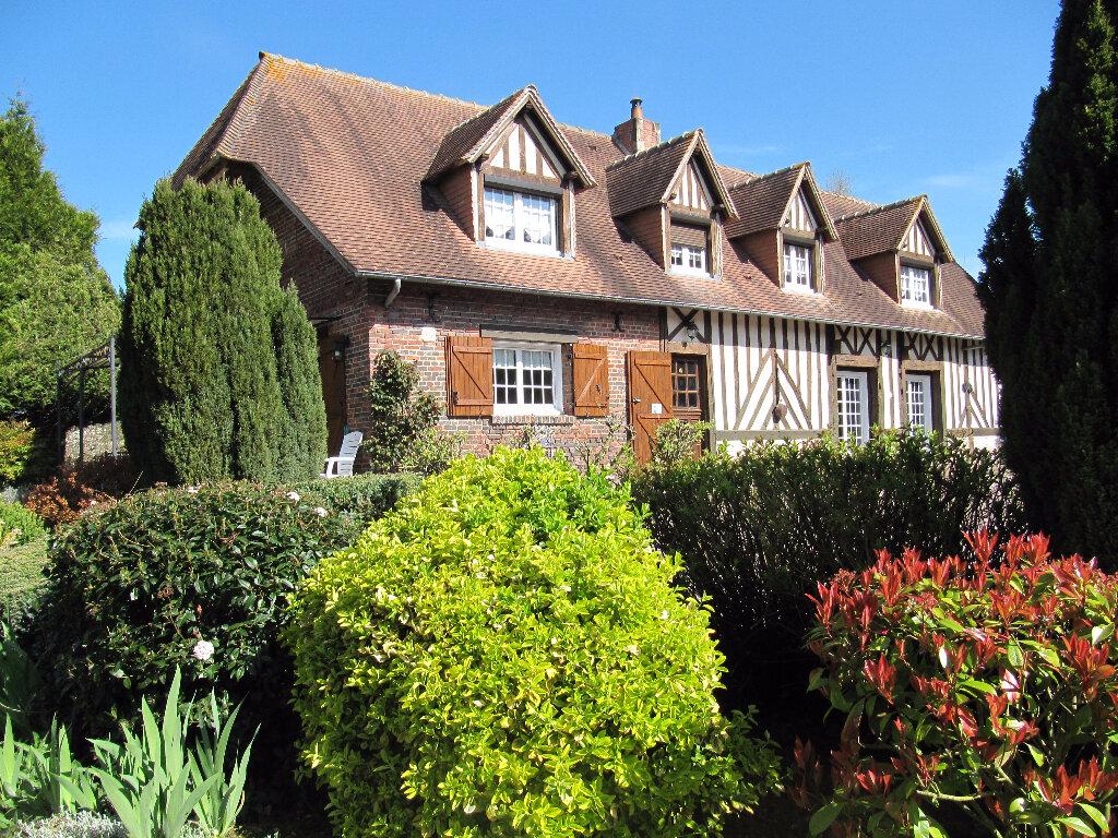 Maison à vendre 5 140.65m2 à Lisieux vignette-1