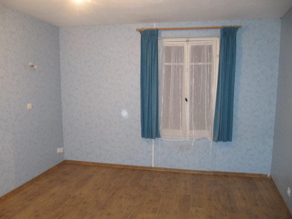 Maison à vendre 4 94m2 à Courtonne-les-Deux-Églises vignette-4