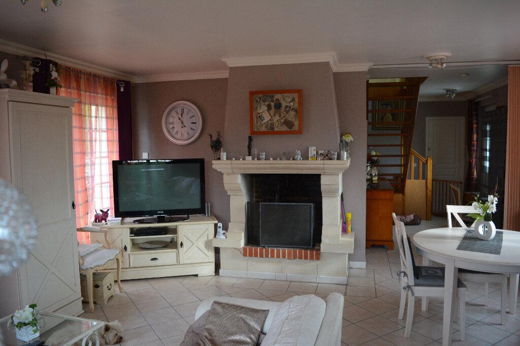 Maison à vendre 6 100m2 à Saint-Julien-de-Mailloc vignette-5