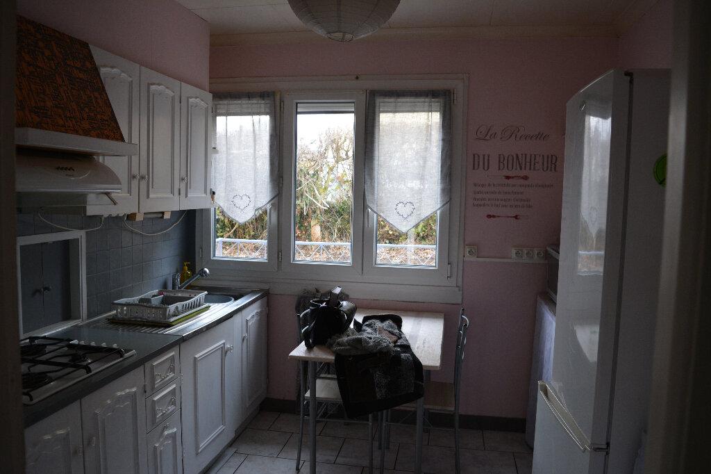 Maison à vendre 4 84.4m2 à Saint-Denis-de-Mailloc vignette-3