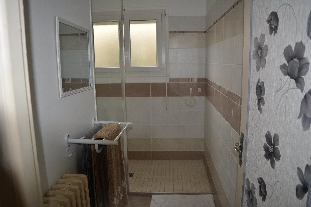 Maison à vendre 4 84.4m2 à Saint-Denis-de-Mailloc vignette-4