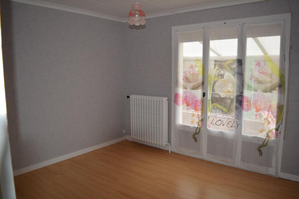 Maison à vendre 4 84.4m2 à Saint-Denis-de-Mailloc vignette-6
