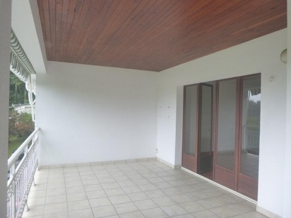 Appartement à vendre 4 90m2 à Saint-Joseph vignette-2