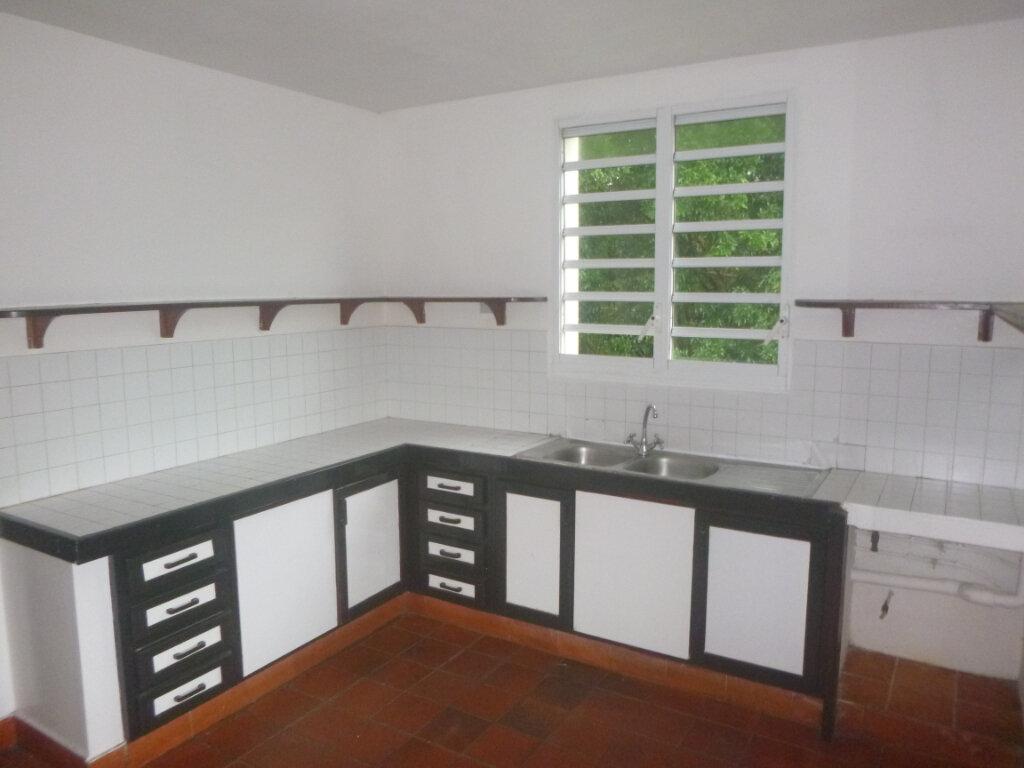 Appartement à vendre 4 90m2 à Saint-Joseph vignette-3