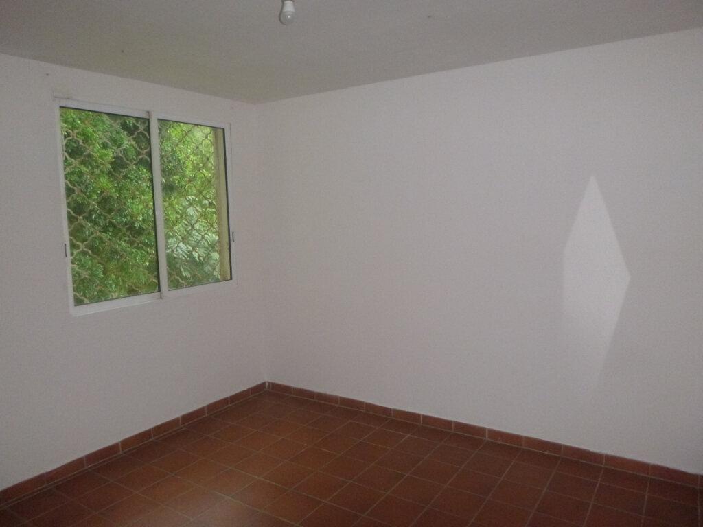 Appartement à vendre 4 90m2 à Saint-Joseph vignette-4