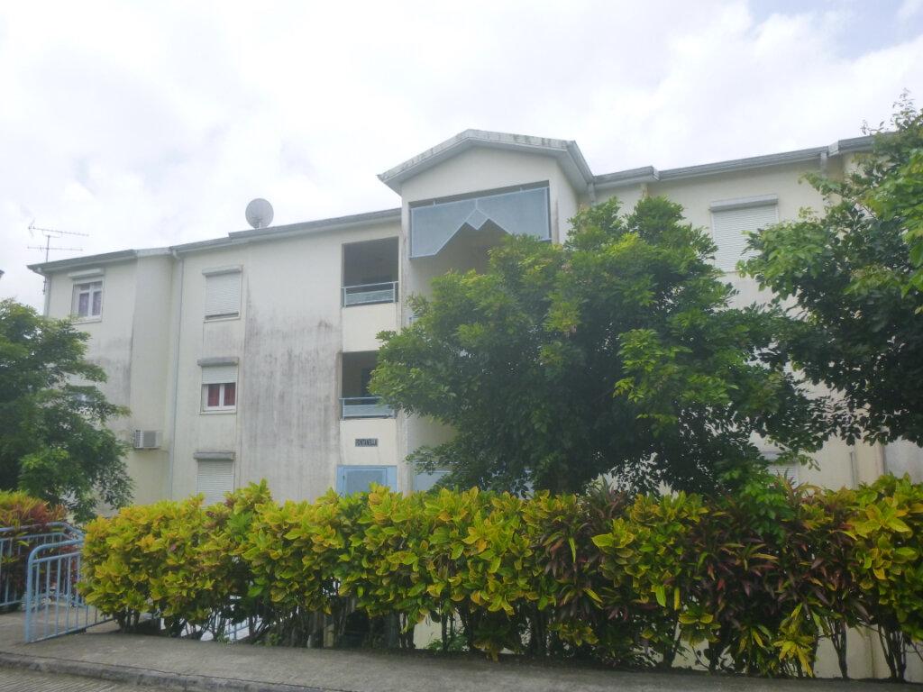 Appartement à vendre 3 70m2 à Le Lamentin vignette-1
