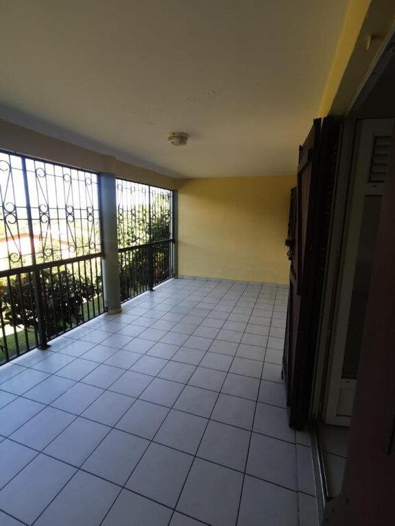 Appartement à louer 3 78m2 à Le Lamentin vignette-2