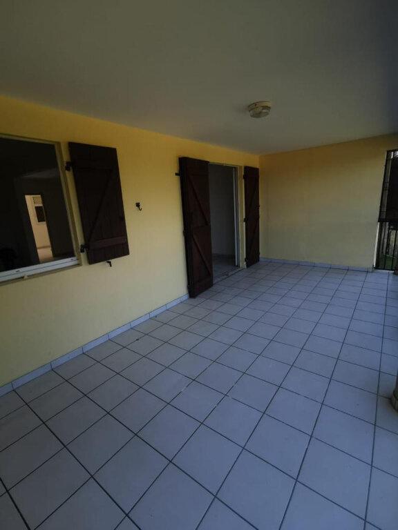 Appartement à louer 3 78m2 à Le Lamentin vignette-3