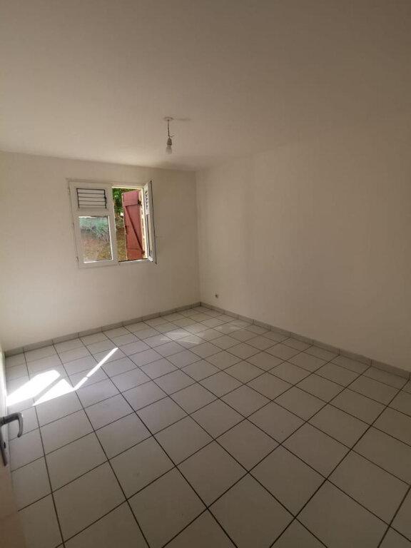Appartement à louer 3 78m2 à Le Lamentin vignette-5